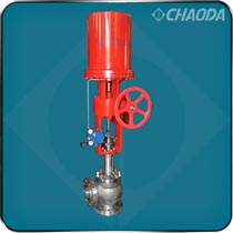 灰水角形调节阀主要用于煤化工、煤制油行业的气化炉装置,具有防共振、旋涡、硬裂、冲刷、腐蚀、介质中含有固体颗粒和闪蒸工况的流量控制高压差调节阀等优点